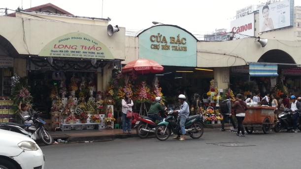 Ben Tanh Market, back entrance